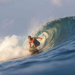 5 Tips to Taking up Surfing