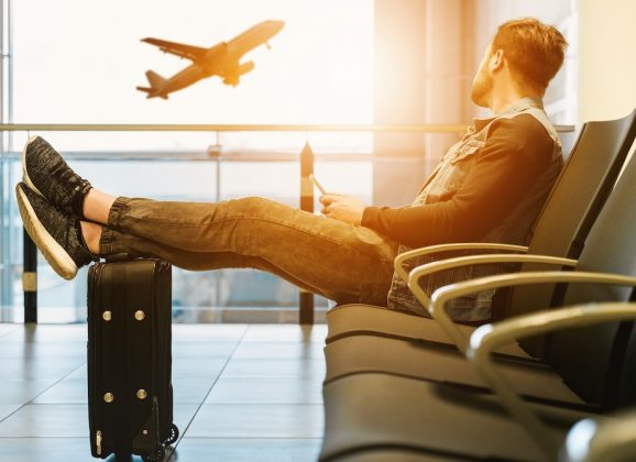 Air Travel Etiquette: Five Major Don'ts for Sharing Cabin Space